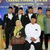 Juara 1 Cabang Syarhil Quran Golongan Putra asal Kafilah Sumut Foto Bersama Penonton yang hadir di Venue MTQN 2018 Gelanggang Mahasiswa UINSU Sutomo Medan