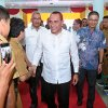 Gubernur Sumatera Utara, Edy Rahmayadi saat menghadiri acara Tatap Muka dengan Camat dan Kepala Desa / Lurah se Kepulauan Nias di Defnas Hall, Jalan Pramuka, Kelurahan Pasar Teluk Dalam, Kabupaten Nias Selatan