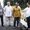 Wagubsu Nurhajizah Marpaung Meninjau Kondisi Jalan Lintas Besar Sigura-gura Asahan - Tobasa yang Baru Selesai Dibangun Pemerintah Provinsi